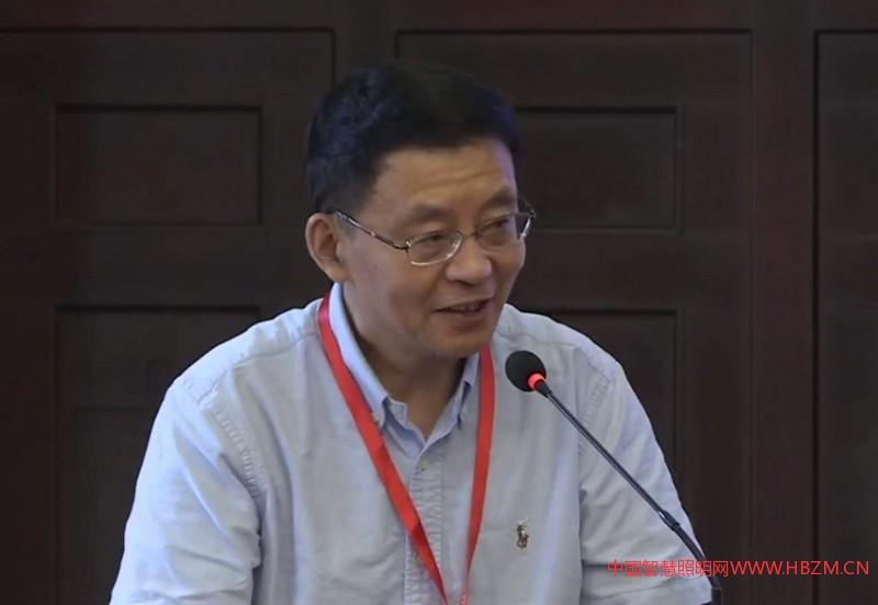 上海市公路学会副理事长兼秘书长刘钧伟